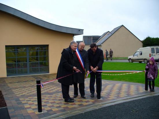 Inauguration de la nouvelle mairie de Lavardin le 28 novembre 2009.