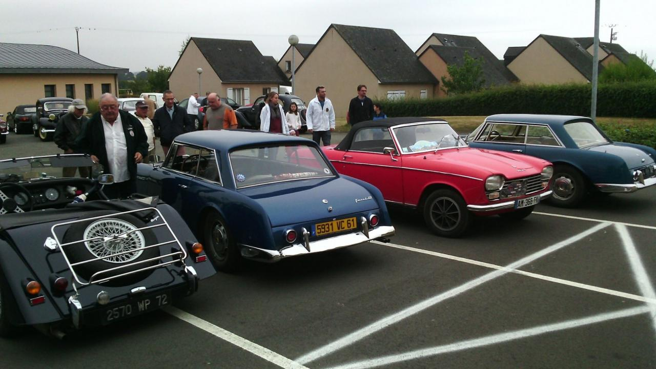 rassemblement voitures anciennesB