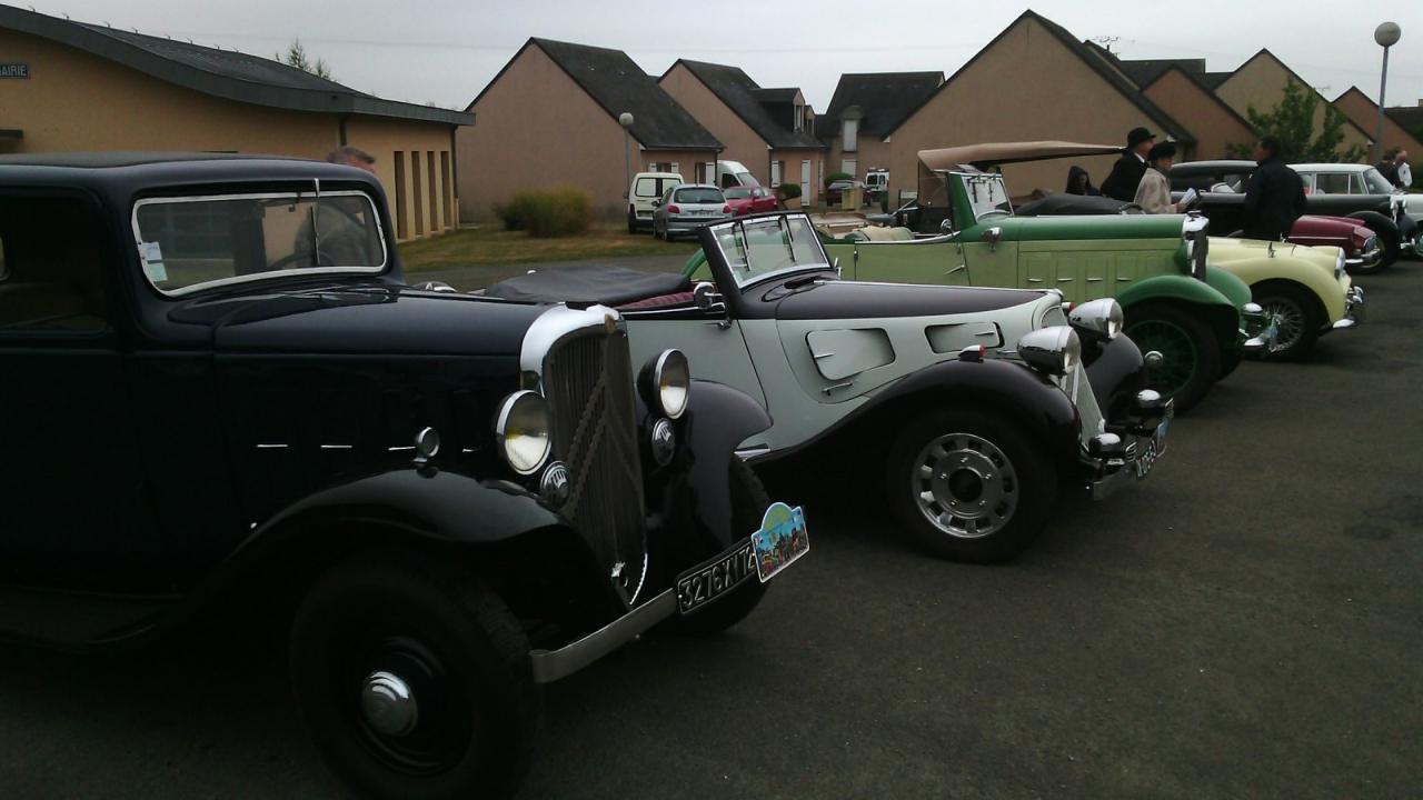 rassemblement voitures anciennesD