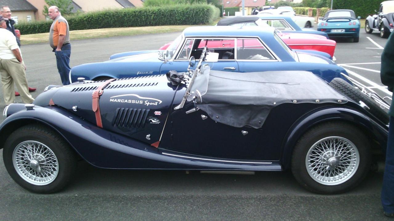 rassemblement voitures anciennesJ